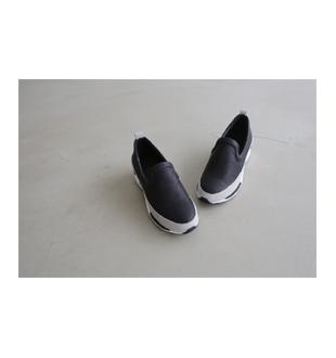 ku sneakers_3c