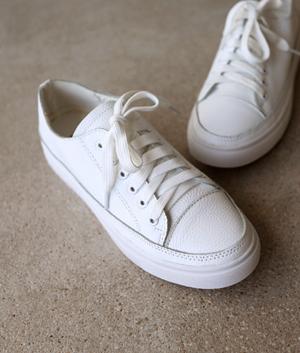 just sneakers_2c